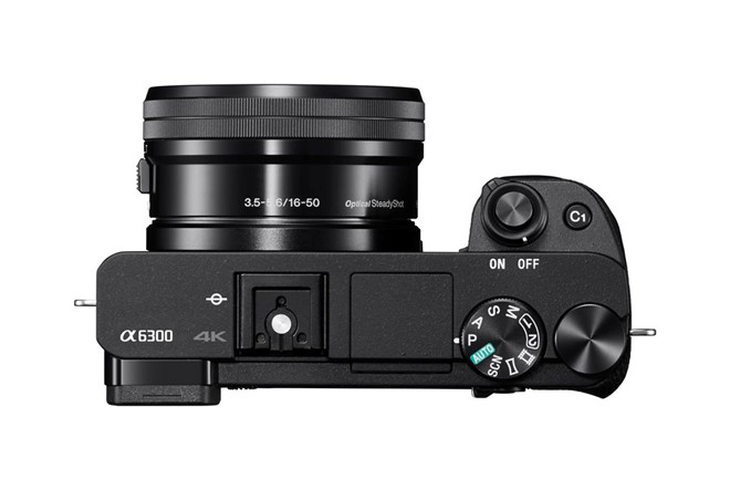 The new α6300 camera features an extremely solid feel in hand