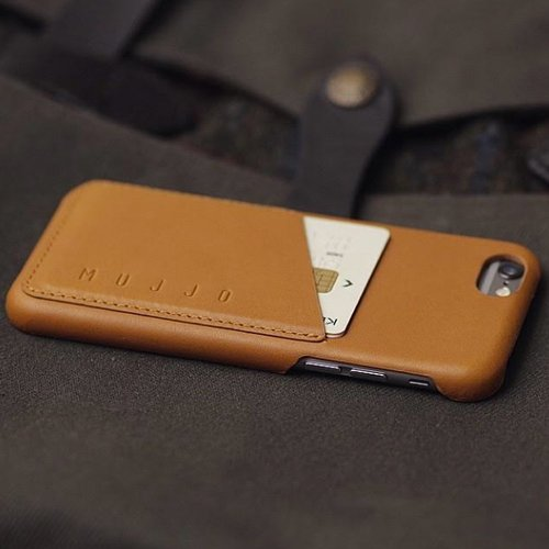 Leather Wallet Case Mujjo is a bit costly - 54.95 USD