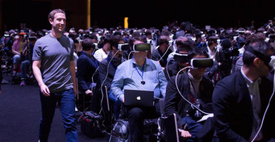 Photo of Mark Zuckerberg that freaks out everyone about virtual reality future